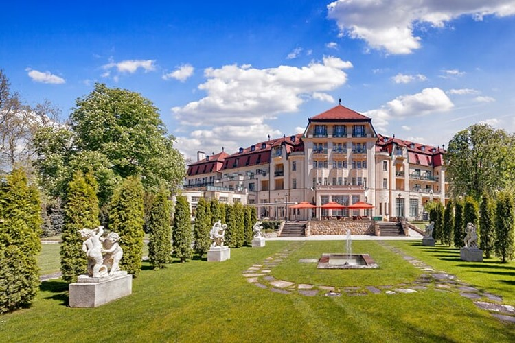 hotel-thermia-palace-health-spa-resort-thermia-palace-piestany-slovensko-dovolena-s-ck-geovita