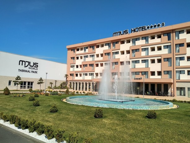 mjus-world-resort-thermal-park-mjus-world-resort-thermal-park-kormend-madarsko-dovolena-s-ck-geovita