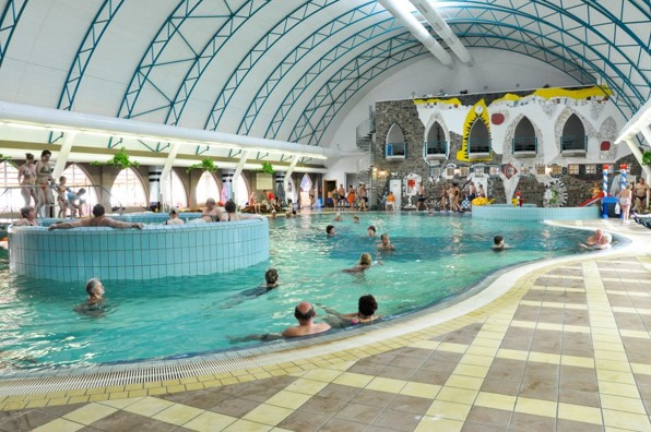 spa-wellness-hotel-orchidea-termalni-koupaliste-thermal-corvinus-velky-meder